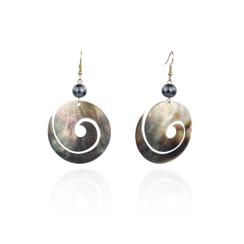 Shell earrings A100085