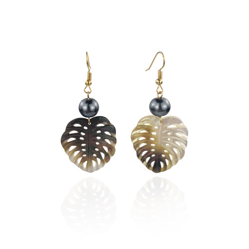 Shell leaf earrings with pearl