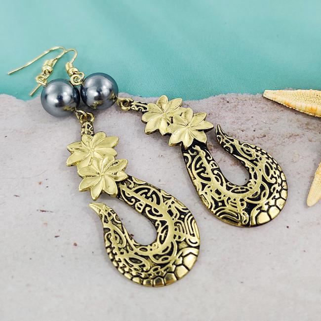 Tair flower fish hook earrings