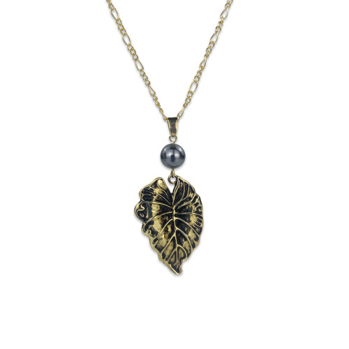 Monstera leaf  necklace A200014