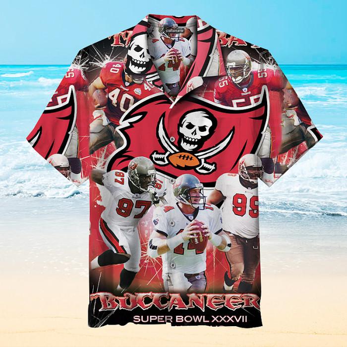 Tampa Bay Buccaneers Print Short Sleeve Hawaiian Shirt