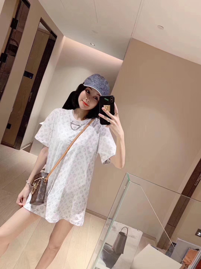 INS LV Luxury Brand Hot Sell Women And Men Summer T-Shirt Fashion New Tee