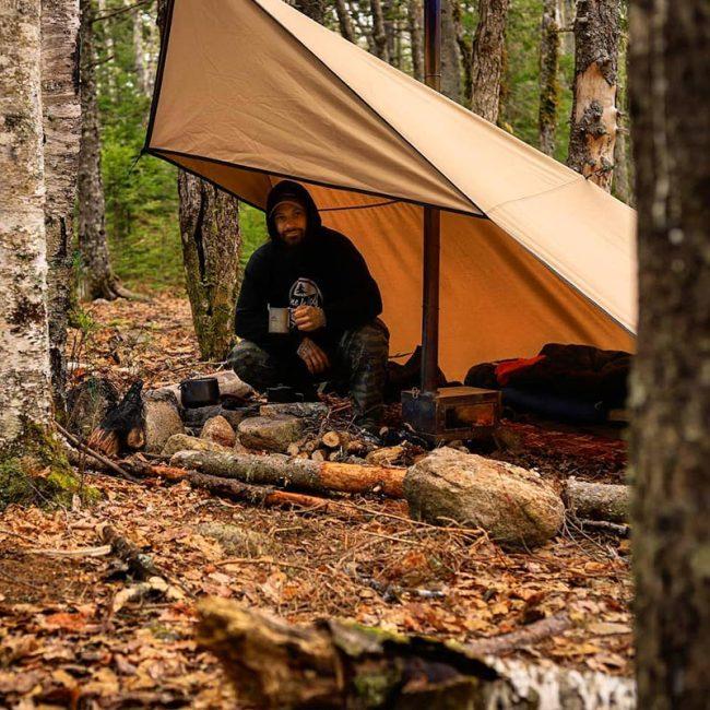 【POMOLY Wolf Den 2.0】キャンバスタープ 、煙突穴付き、ソロアドベンチャーとキャンプ- Lonewolf 902