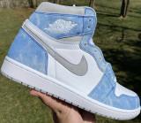 "Air Jordan 1 High ""Hyper Royal"""