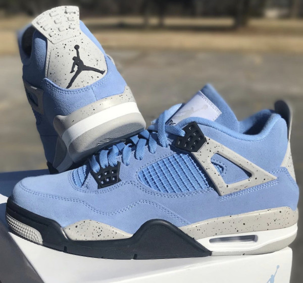 """Air Jordan 4 SE """"University Blue"""""""