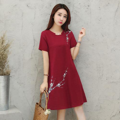 女款復古風寬鬆休復古刺繡亞麻裙,傳統工藝,簡尚設計,透氣輕盈舒適。