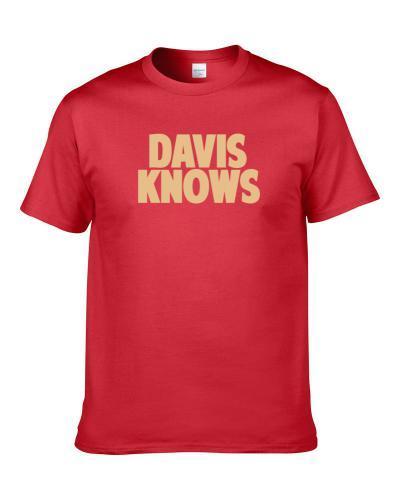 Mike Davis Knows San Francisco Football Player Sports Fan Men T Shirt