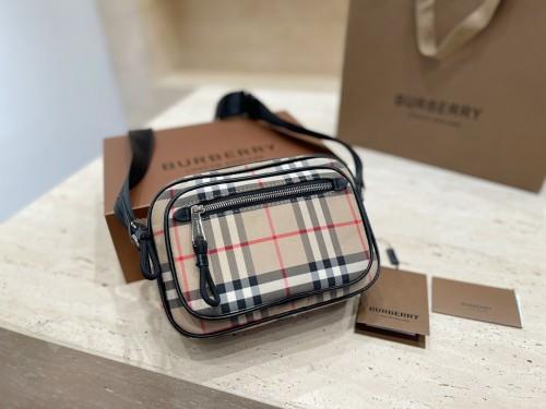 Burberry Kris Wu same plaid messenger bag/satchel
