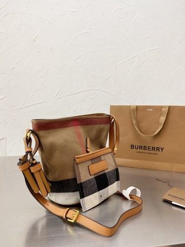 Burberry new bucket bag 24*18