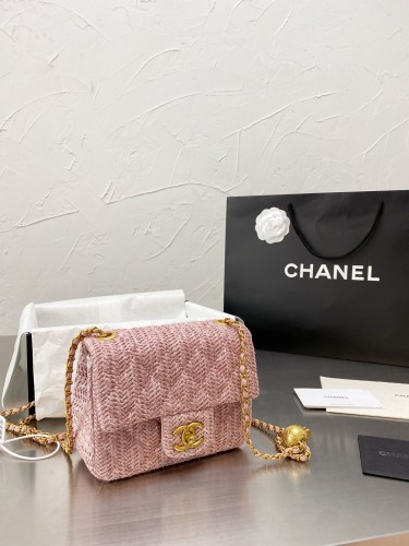 Chanel flax gold ball CF package  17cm