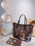 LV Neverfull shopping bag! Super limitable Tom&Jerry doodles. The entry-level style