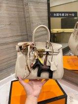 Hermes Birkin Bag Gold Clasp