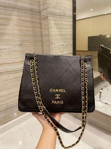 Chanel /Chanel🌟tote 👜 feel super good original hardware super brand