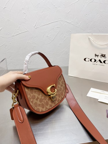 Coach ~ Ss21 new cowhide version