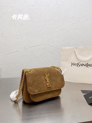 Ysl Classic Niki Envelope Messenger bag