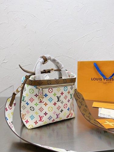 Japanese medieval vintage V Takashi Murakami limited Vivian bag LV limited vintage