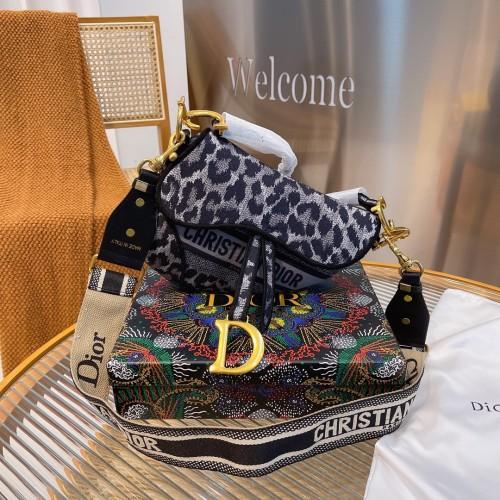 Dior exclusive saddle bag shipment top quality