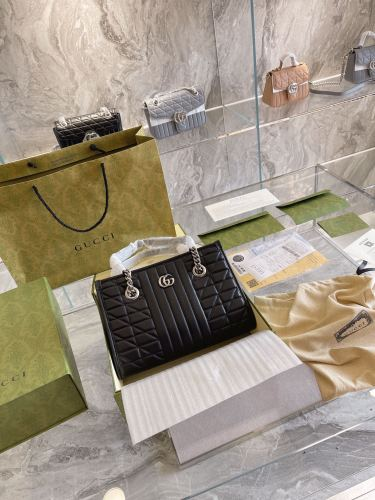 Gucci GG Marmont handbag  Gucci Aria- Fashion Aria  collection