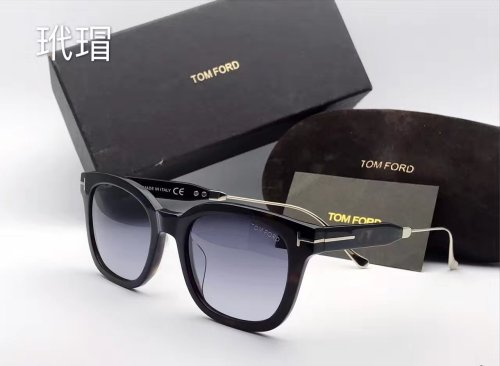 TOMFORD  Sunglasses  STF100
