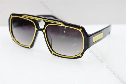 LV  sunglass  SLV097