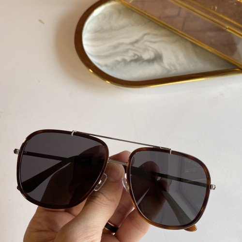 TOM FORD FT0693 Sunglasses STF225