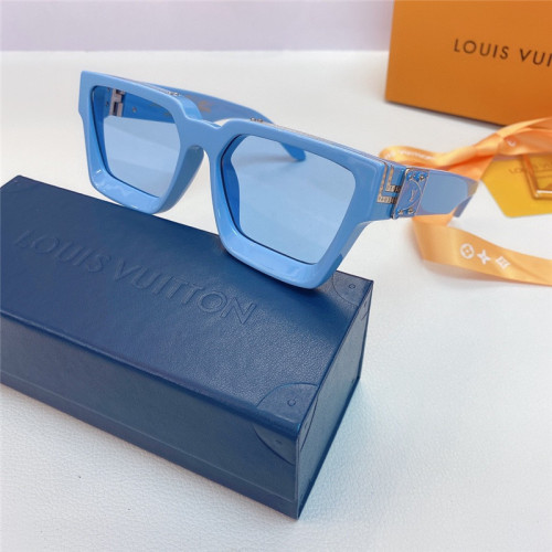 L^V Sunglasses L^V M96006 Replica Sunglass SLV303
