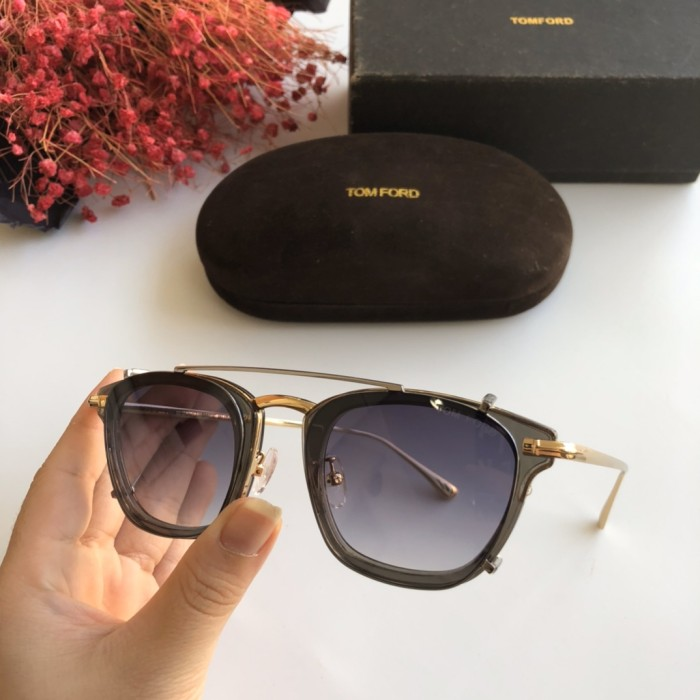 TOM FORD sunglasses TF022