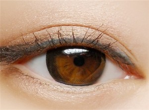 Enlarge best colored contacts  Little black circle