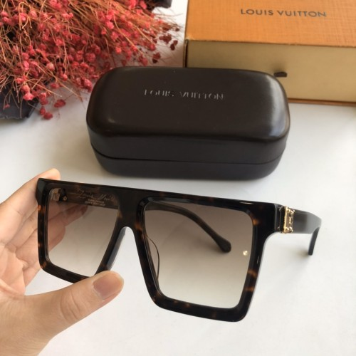 Copy L^V Sunglasses Z1196E Online SLV254