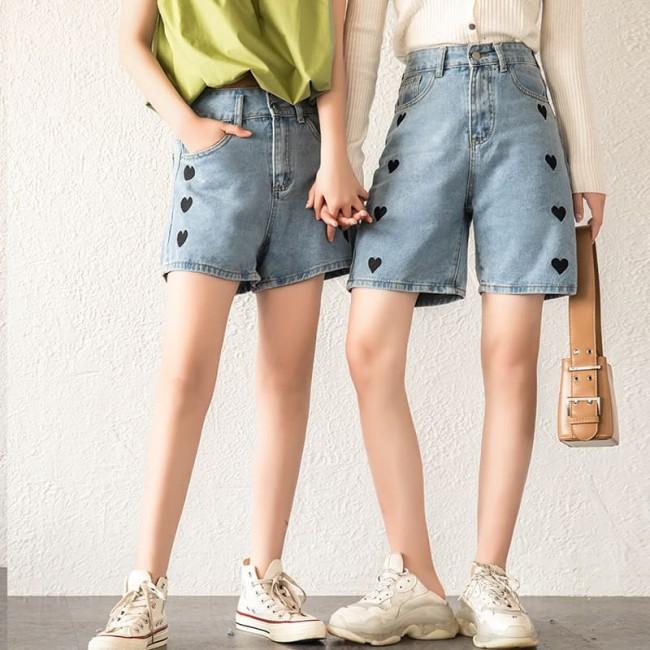 2021 summer new casual five-point pants women's summer high waist all-match trendy wide-leg love embroidered jeans