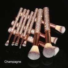 2021 Wholesale Quality Holder Custom Rhinestone Makeup Brushes Private Label Makeup Brush Set Bling OEM Makeup Brushes Vendors