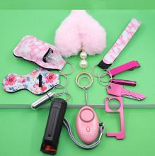 Drivworld hot sale 2021 new self-defense pepper spray high-decibel alarm with mirror plush ball with mini cat suit