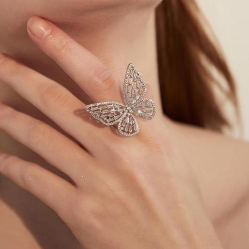 Butterfly Hollow out Crystal Ring Case