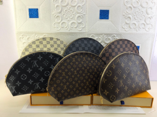 Hot Selling Luxury LV Design Classic Ladies Fashion MINI Shell-Shaped Cosmetic Bag Small Toiletry Bag Women's Wallet Coin Purse