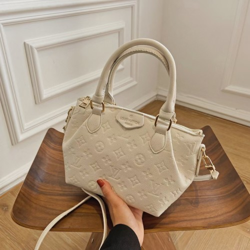 Luxury LV Handbags Women Bags Designer Crossbody Bags Message Bags PU Leather Armpit Bag Purses and Handbags Casual Women Bags