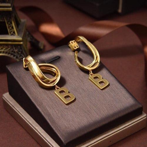 Twist B earrings
