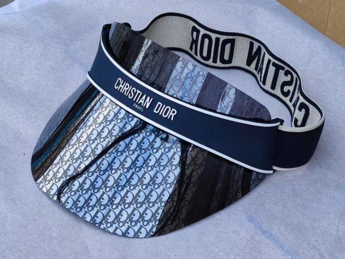 Fashion hollow top lens cap