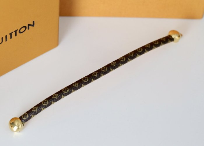 Double round bead leather rope