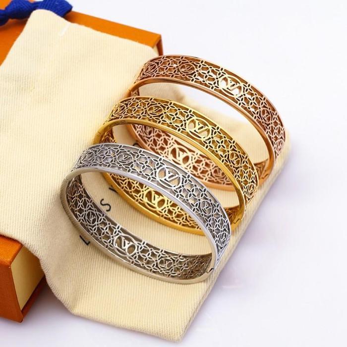 New hollow element bracelet