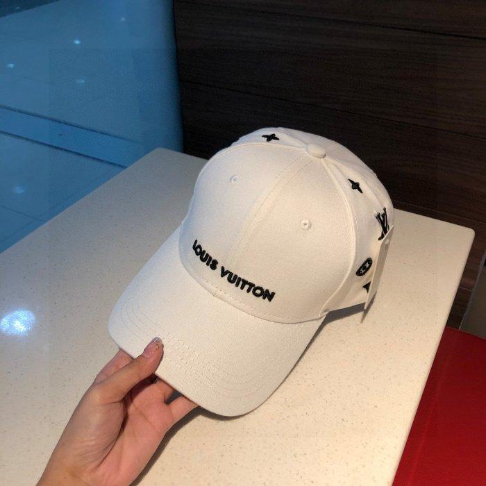 Classic simple embroidery baseball cap