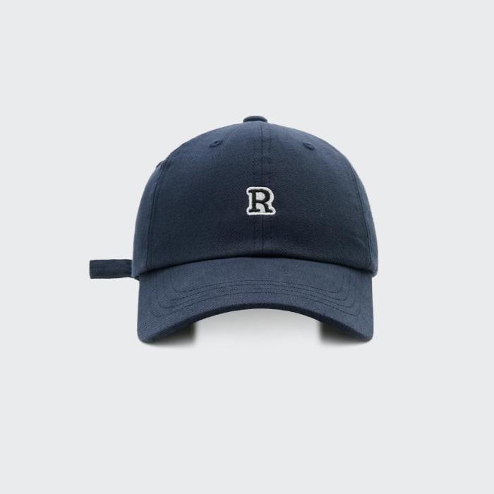 Simple baseball cap