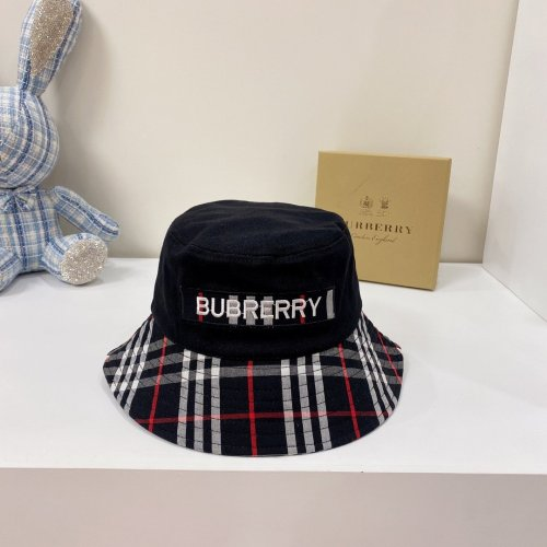 New Embroidered Checked Bucket Hat