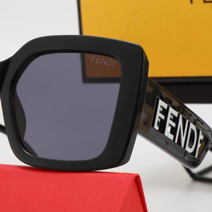 Fashion big frame hollow design sunglasses