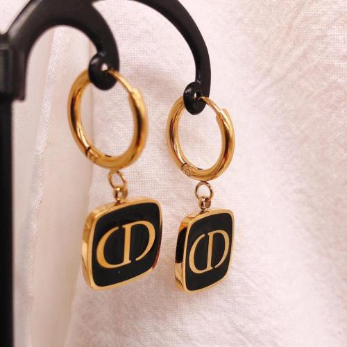 Black round square earrings