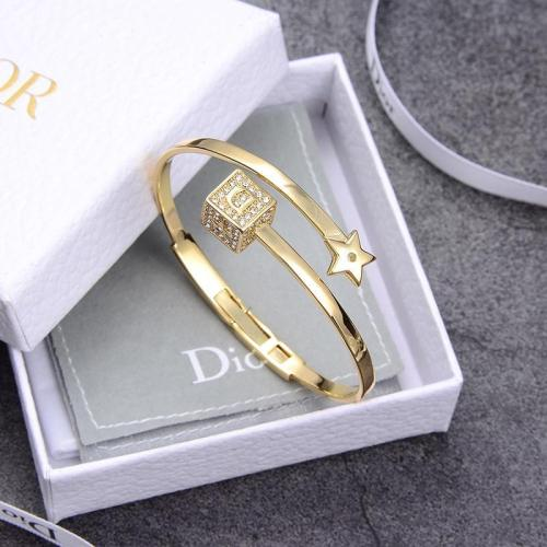 Alphabet dice bracelet