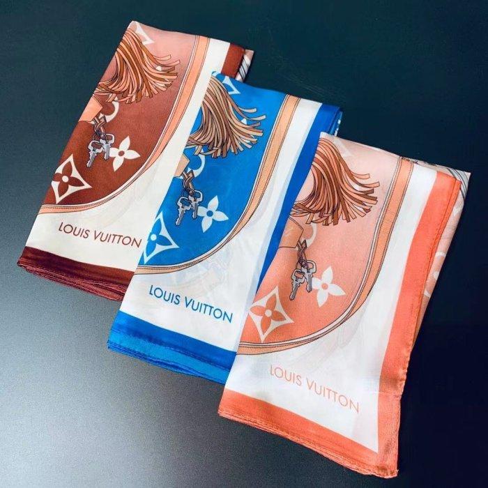 Temperament square small silk scarf