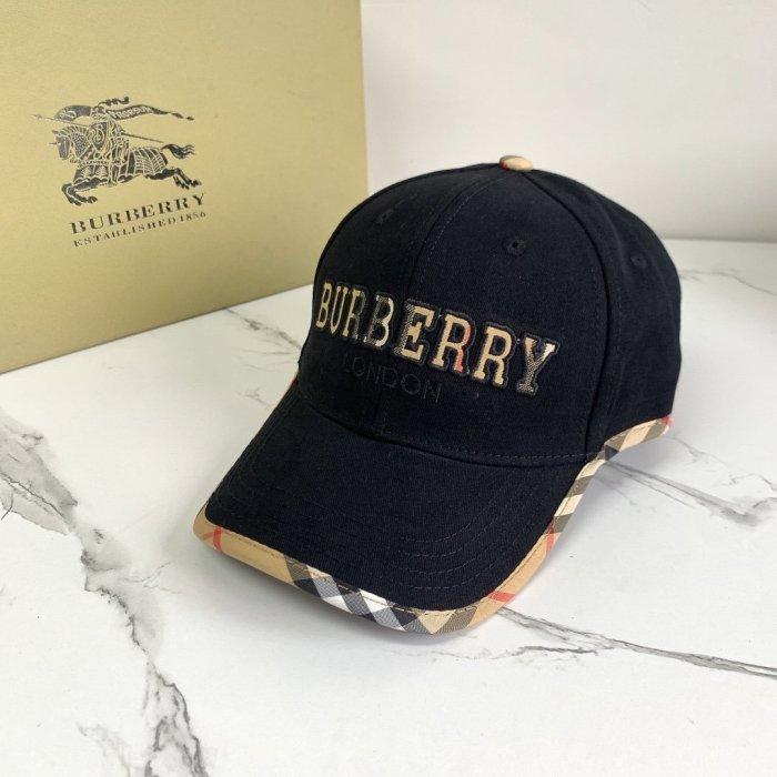 Classic alphabet embroidery baseball cap
