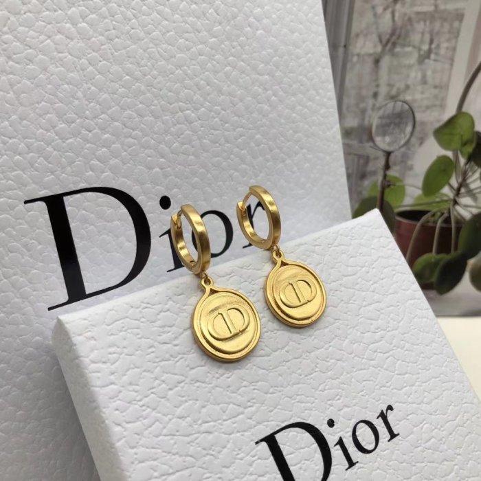 Simple circle pendant earrings