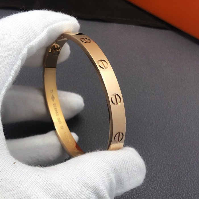 Classic 4 diamond love bracelet