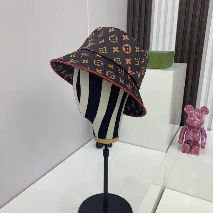 Printed element yarn-dyed bucket hat
